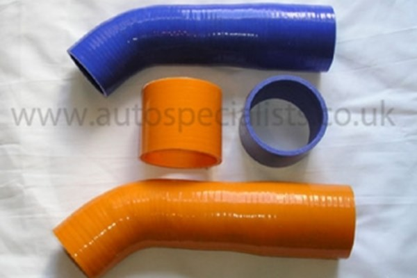 Focus Mk2 ST 225 - Silicon 2 pce boost hoses for Focus ST Turbo in Orange, Blue or Red.jpg